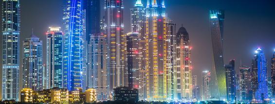 Buchen Sie einen Zwischenstopp in Dubai