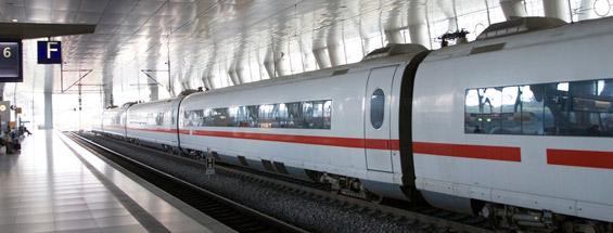 https://cdn.ek.aero/english/images/EN_rail_565l_tcm233-804615.jpg