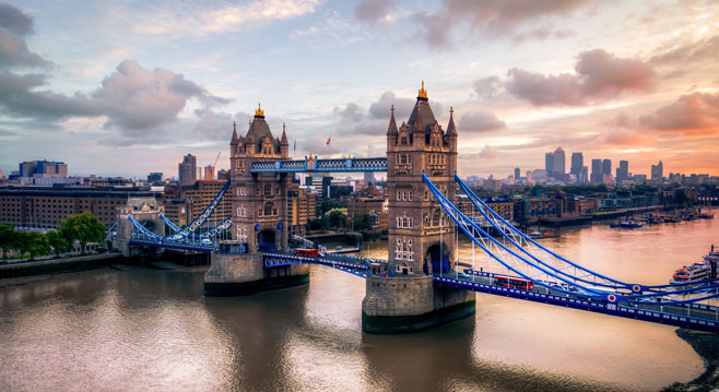 Flights to London (LHR) | Find and book flights to London | Emirates