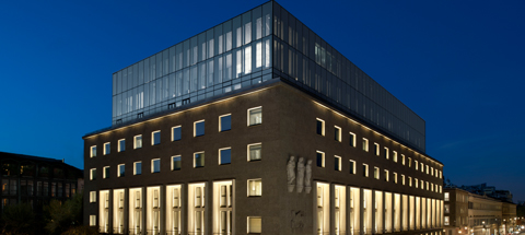 Complimentary nights at Armani Hotel Milano*