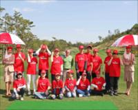Group photo at the Emirates golf clinic