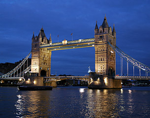 الرحلات إلى لندن