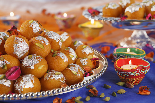 Emirates to sweeten Diwali season with classic Indian delicacies