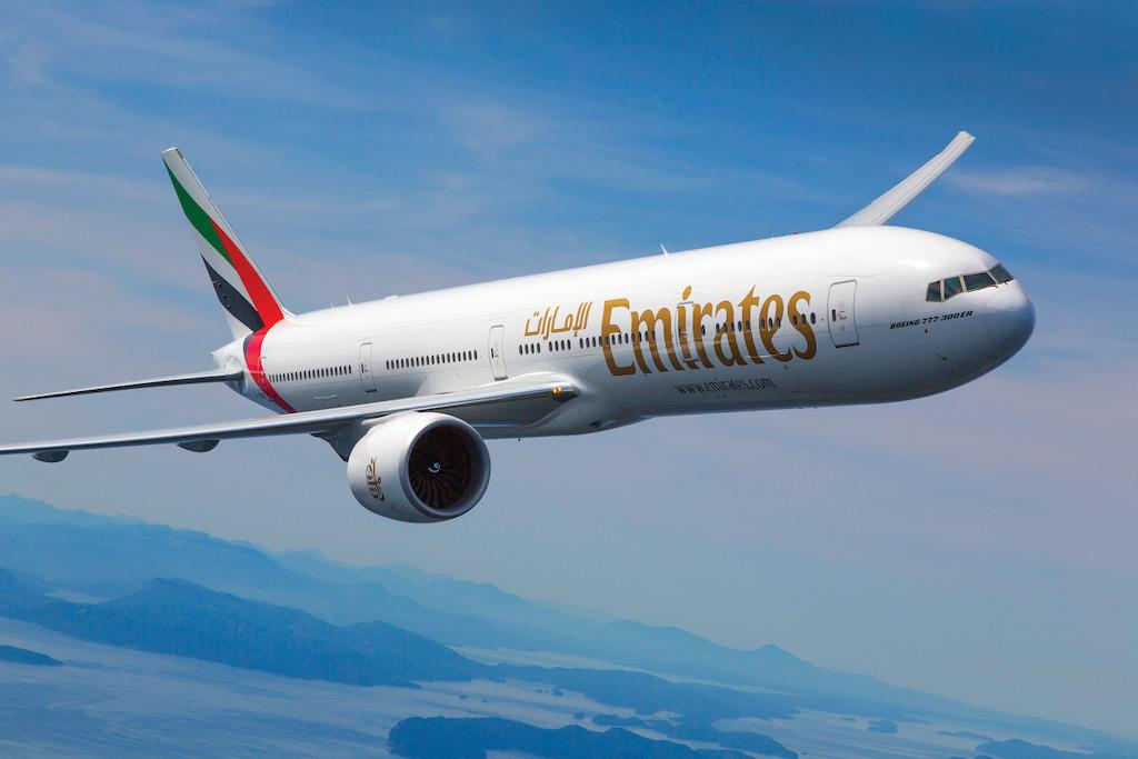 Resultado de imagen para boeing 777 emirates
