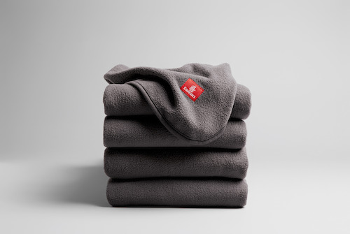 Preview: Emirates introduces sustainable blankets made from 100% recycled plastic bottles
